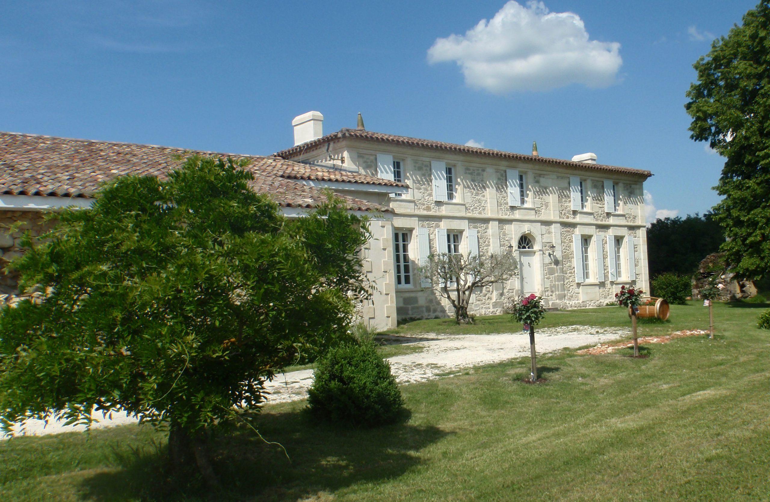 Propriété Chateau La Caderie Vins Bios Bordeaux Saint Martin du Bois